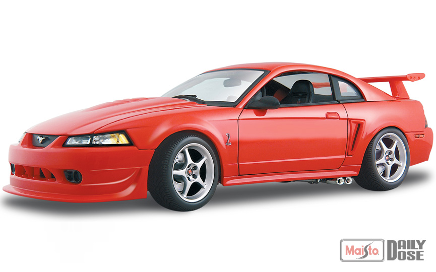 the 1 18 se 2000 ford mustang svt cobra r. Black Bedroom Furniture Sets. Home Design Ideas